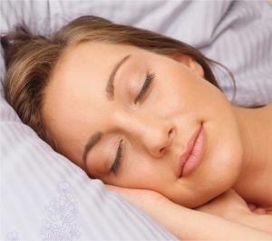 vrouw slaapt